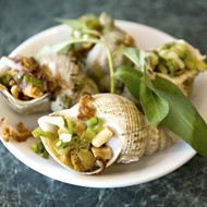 Orlando Vietnamese snail restaurant Mama Lau va Oc will force you to slow down and savor