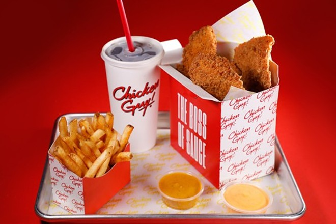 Guy Fieris New Chicken Tender Joint Is Now Open In Disney Springs