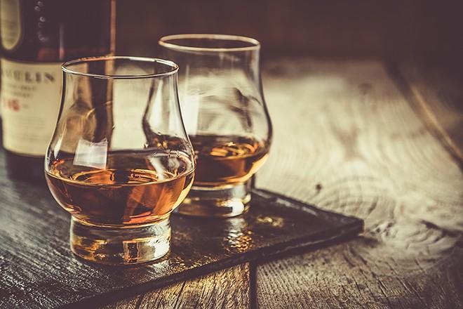 gal_drink_buffalo_trace_tasting_adobestock_134652016.jpeg.jpg