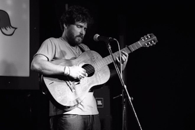 Christopher Paul Stelling at Will's Pub - TIPSO PHOTO