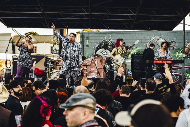 Igor & the Red Elvises at Southern Fried Sunday's 10th anniversary (Will's Pub lot) - JAMES DECHERT