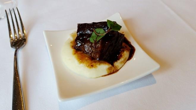Syrah wine braised beef short rib, Yukon Gold mashed potato (Lebas)