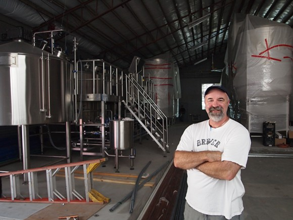 Playalinda Brewing Company Brewmaster Ron Raike at the Brix Project production brewery. - PHOTO VIA PLAYALINDA BREWERY COMPANY