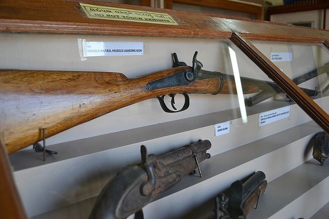 This is an antique muzzleloader rifle, unlike the Bass Pro Shops replica carried by Christopher Weeks. - IMAGE VIA WIKIMEDIA CREATIVE COMMONS