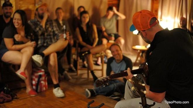 Eric Bachmann living room show in Orlando - MICHAEL LOTHROP