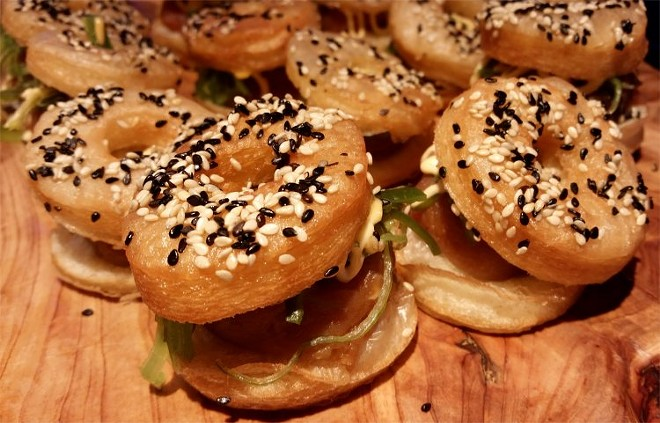 Croissant doughnut, spicy tuna, sriracha mayonnaise, sesame seeds