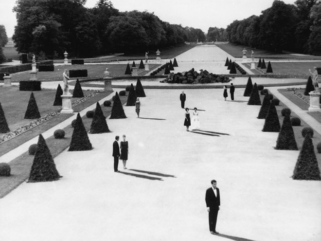sel_last_year_at_marienbad.jpg