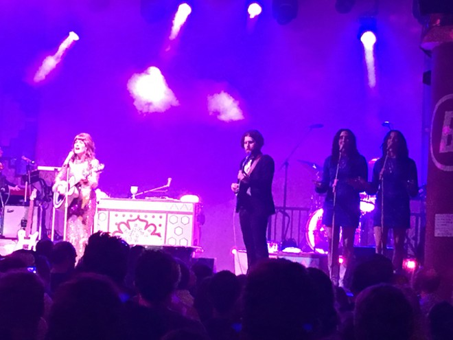 Jenny Lewis with the Watson Twins at the Beacham - BAO LE-HUU