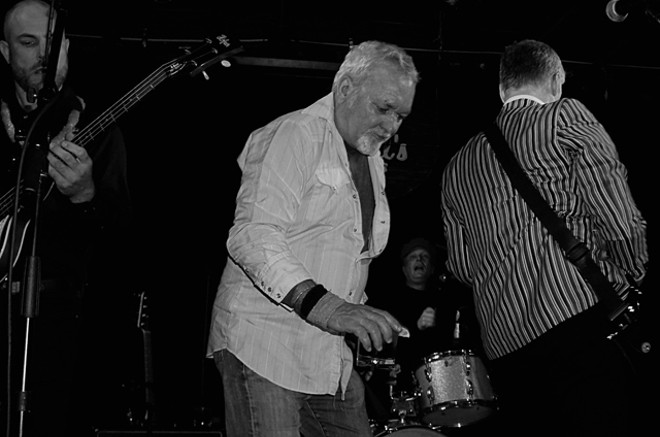 The Tremolords and Jim Faherty at Will's Pub - JIM LEATHERMAN