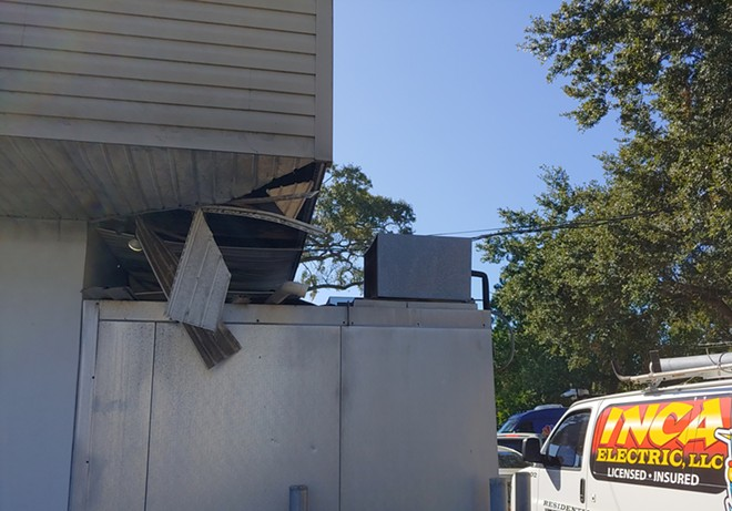 ROOF DAMAGE ON THE BEEFY KING BUILDING ON TUESDAY MORNING | PHOTO BY OW STAFF