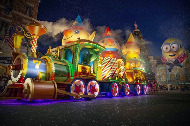 Universal Holiday Parade Featuring Macy's - PHOTO COURTESY UNIVERSAL STUDIOS