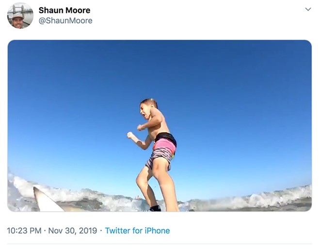 SCREENSHOT FROM VIDEO BY SHAUN MOORE VIA @SHAUNMOORE/TWITTER (CLICK TO WATCH THE VIDEO)