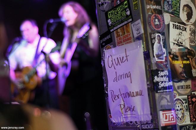 Duets at Will's Pub - JEN CRAY