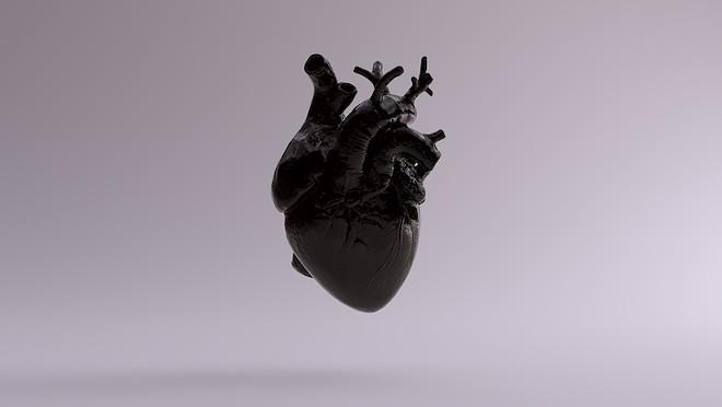 drink_black_heart_social_club_adobestock_235163007.jpeg