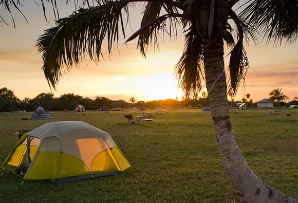 PHOTO OF FLORIDA BEACH CAMPGROUNDS VIA ADOBE STOCK