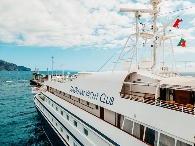 IMAGE VIA CRUISE WITH BEN AND DAVID   TWITTER