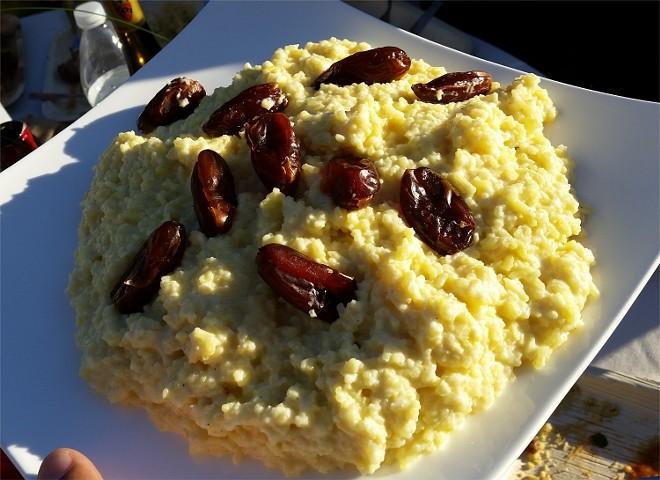 Saffron rice pudding, rose water, dates (Iran)