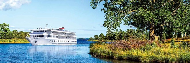 American Cruise Lines' Independence, seen in North Florida, on one of her Historic South and Golden Isles sailings that takes passengers along the Southern US Atlantic coast. - IMAGE VIA AMERICAN CRUISE LINES