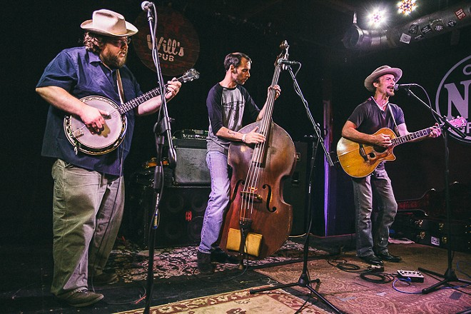 The Howlin' Brothers at Will's Pub - JAMES DECHERT
