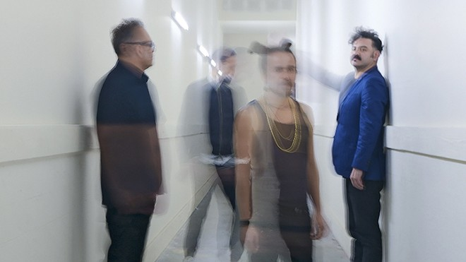 gal_cafe_tacvba_press.jpg