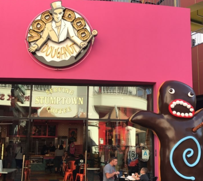 Voodoo Doughnut at Citywalk Hollywood - IMAGE VIA GRIFFKENTNER | INSTAGRAM