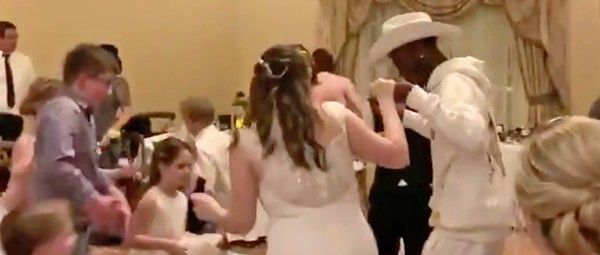 Lil Nas X crashes Orlando wedding reception at Disney World