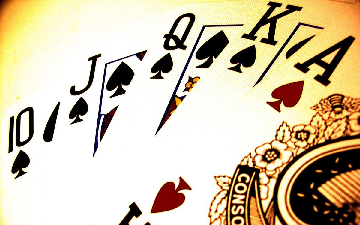 4cd8386f_pokerr.jpg