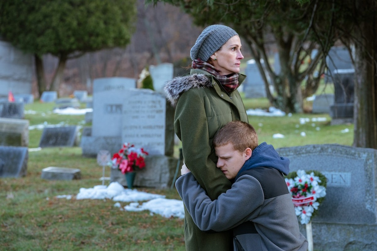 Julia Roberts and Lucas Hedges in Ben Is Back