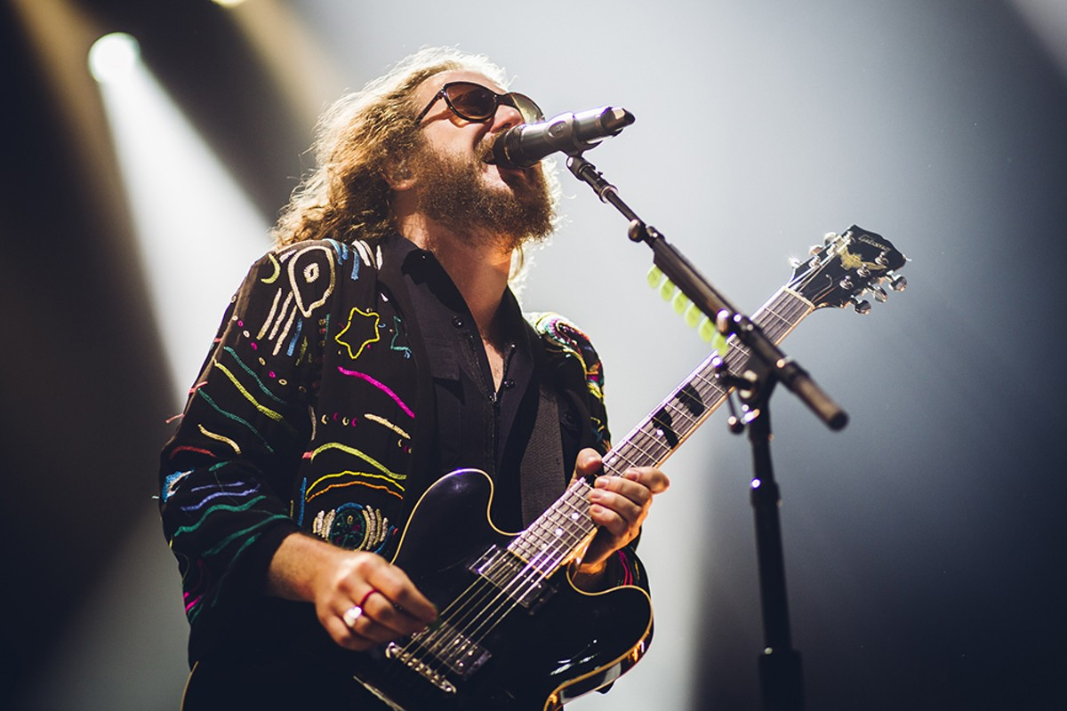 1000w_8-12_col_underground_my_morning_jacket_photo_by_james_dechert_1.jpg