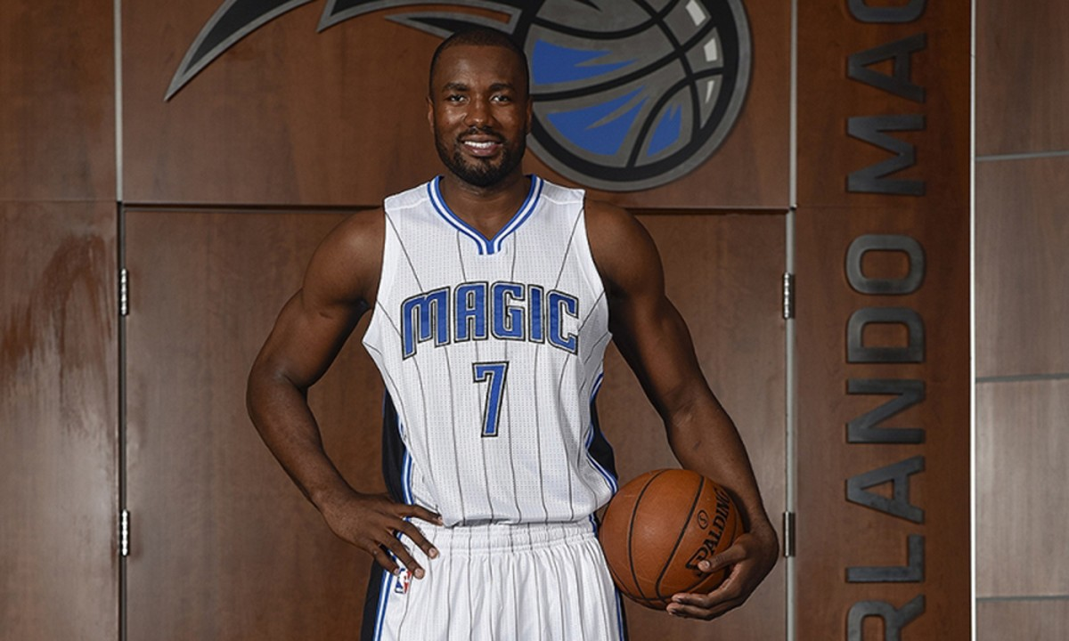 serge-ibaka-orlando-magic-photos_1_.jpg