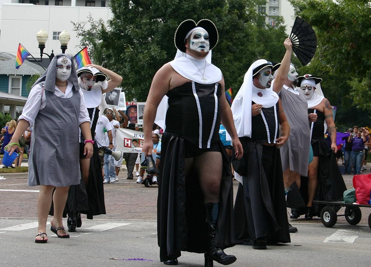 sisters_of_perpetual_indulgence_at_cowp_parade_credit_jeff_kern.jpg