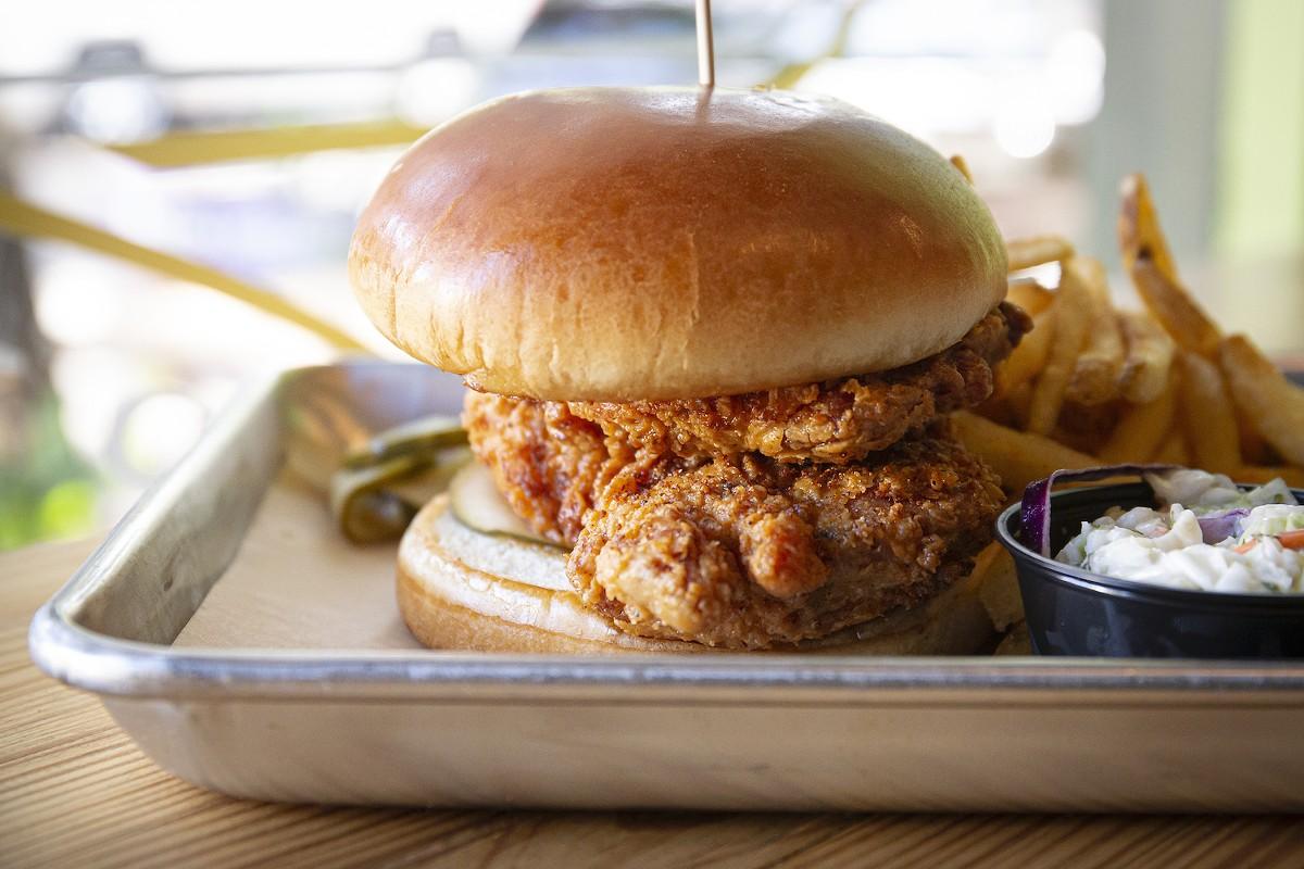 Hot chicken at Mason Jar Provisions