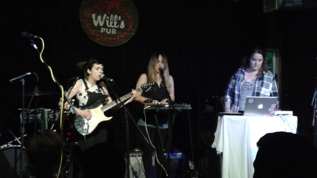 Island Science at Will's Pub (11 April 2016)