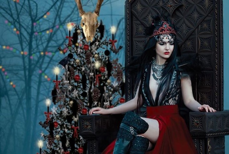 opera-del-sol-creepy-christmas-cabaret-1-1.jpg