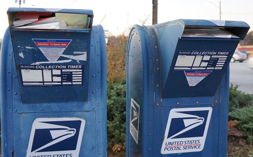 Heavy mail day. - PUBLIC DOMAIN/CC