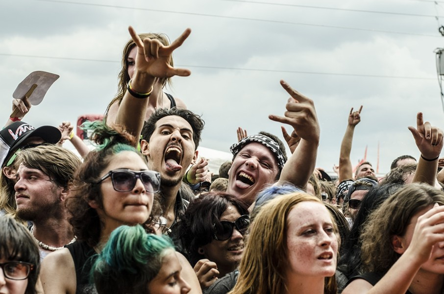The Warped Tour faithful - PHOTO BY IAN SUAREZ