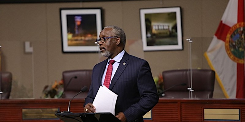 Orange County Mayor Jerry Demings signs executive order instituting fines against local businesses for COVID-19 violations