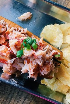 Downtown Orlando finally gets the lobster rolls it deserves