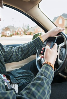New bill would ban Florida drivers from texting, talking on hand-held cellphones