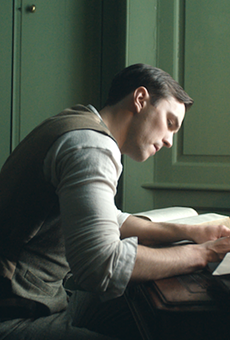A legendary storyteller gets a lousy story in 'Tolkien'