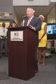 Orlando Mayor Buddy Dyer calls on residents to prepare for Hurricane Matthew