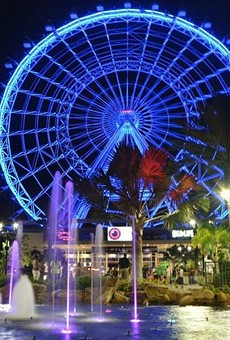 Orlando Eye lit blue tonight in honor of this morning's fallen deputies