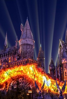 'Dark Arts at Hogwarts Castle' projection mapping debuts at Universal Orlando