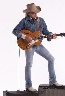 Country music rule-breaker Dwight Yoakam to play Central Florida in November