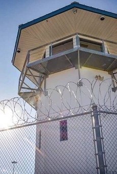 Prison visitation ban extended in Florida