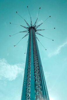 Man dies after falling from Icon Park's Starflyer attraction