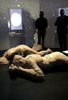 Modern castings of two Pompeii victims at OSC's 'Pompeii: The Immortal City'