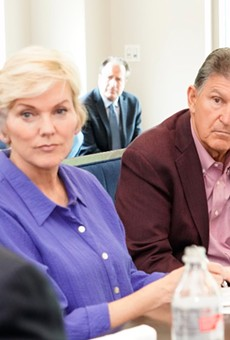 Joe Manchin continues to gum up the works on Democrats' key issues.