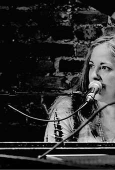 Beth Mckee (Swamp Sistas Songwriter Circle)