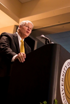 UCF begins search to replace longtime president John Hitt